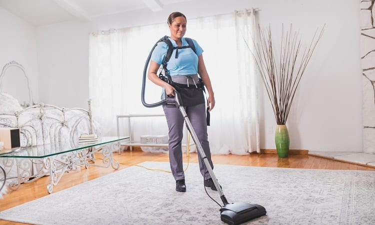 cleaning with a vacuum cleaner